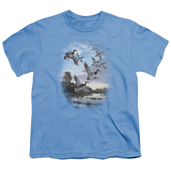 WILDLIFE EVENING FLIGHT MALLARDS - S/S YOUTH 18/1 - CAROLINA BLUE T-Shirt
