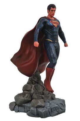 Diamond Select: DC Gallery Justice League Movie - Superman PVC Diorama