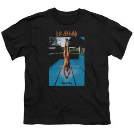 Def Leppard High N Dry Short Sleeve Youth T-Shirt