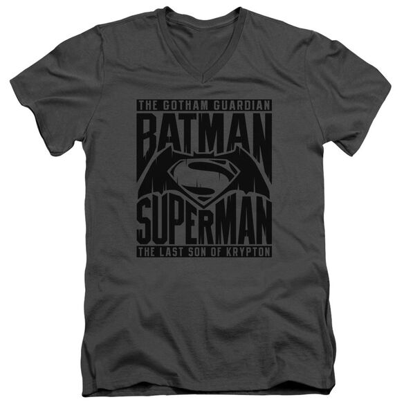 Batman V Superman Title Fight Short Sleeve Adult V Neck T-Shirt