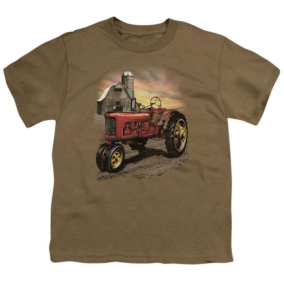 Tractor In Front Of Barn Short Sleeve Youth Safari T-Shirt