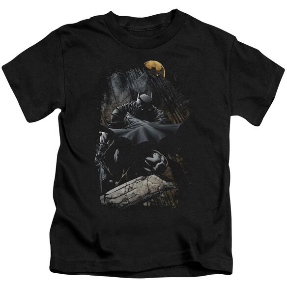Batman Sweeping Cape Short Sleeve Juvenile Black T-Shirt