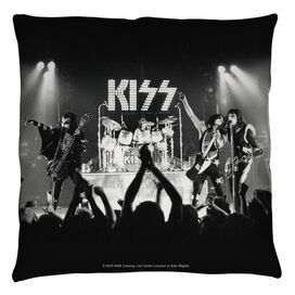 Kiss Staged Throw