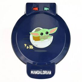 Star Wars: The Mandalorian Waffle Maker - The Child