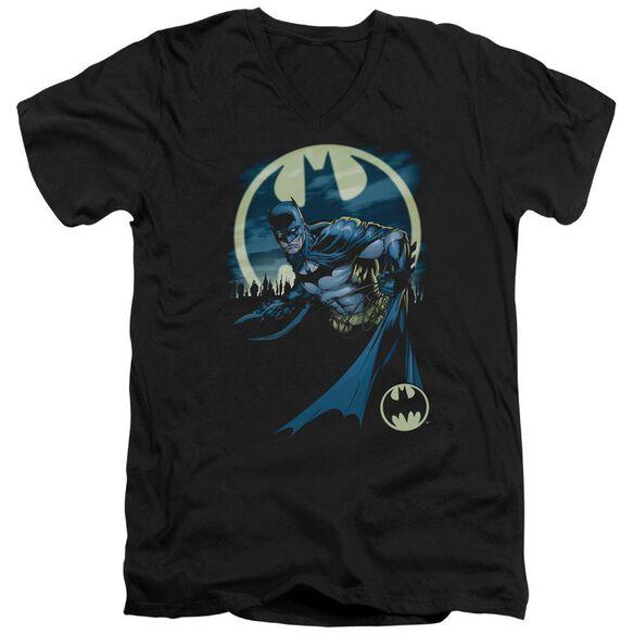 Batman Heed The Call Short Sleeve Adult V Neck T-Shirt