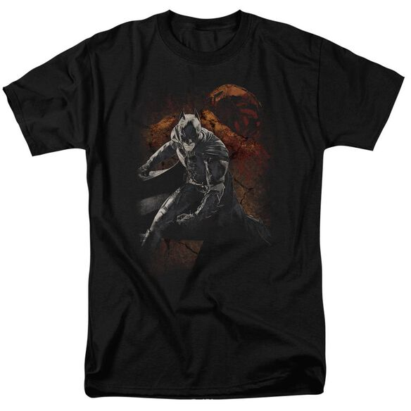 Dark Knight Rises Grungy Knight Short Sleeve Adult Black T-Shirt