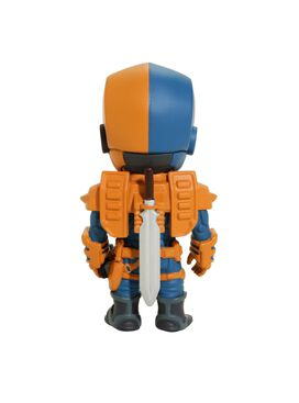 DC: XXRAY Vinyl Figures: Deathstroke