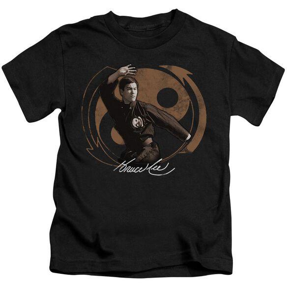 Bruce Lee Jeet Kun Do Pose Short Sleeve Juvenile Black T-Shirt