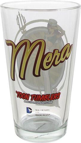Mera Bombshell Toon Tumbler Pint Glass