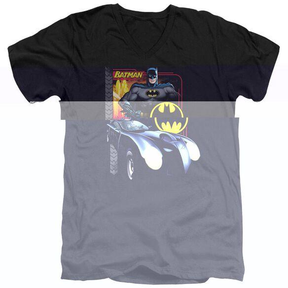 BATMAN BAT RACING - S/S ADULT V-NECK - BLACK T-Shirt