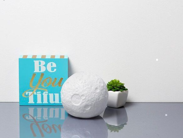 Mini Moon - Color Changing LED Mood Light