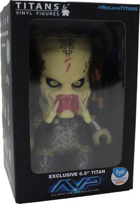 AVP Unmasked Predator Exclusive Titan Vinyl Figure