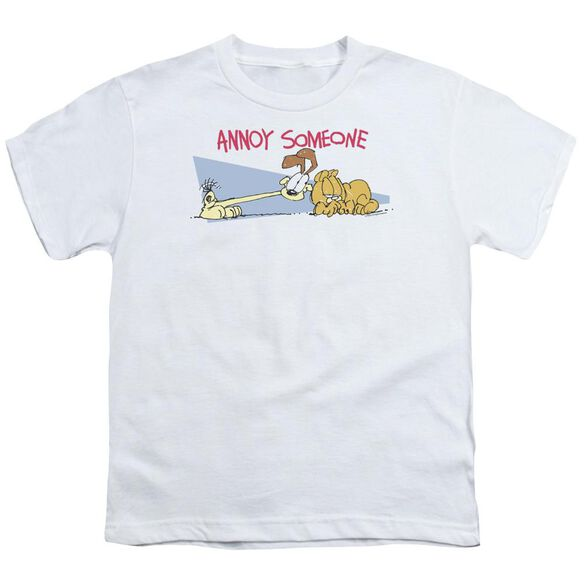 GARFIELD ANNOY SOMEONE-S/S T-Shirt