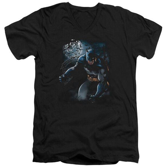 BATMAN LIGHT OF THE MOON - S/S ADULT V-NECK - BLACK T-Shirt