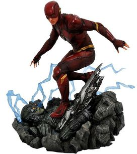 Diamond Select: Justice League DC Gallery - The Flash 9-Inch PVC Figure Statue [Movie Version]