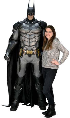 Arkham Life-Size Batman 6