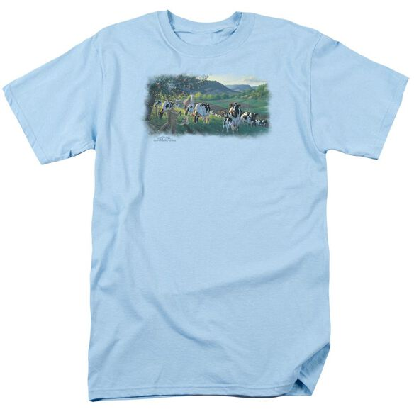 Wildlife Gods Country Short Sleeve Adult Light T-Shirt