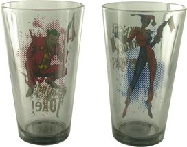 Joker Harley Quinn Pint Glass Set