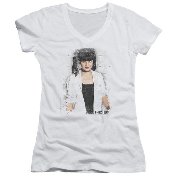 Ncis Abby Skulls Junior V Neck T-Shirt