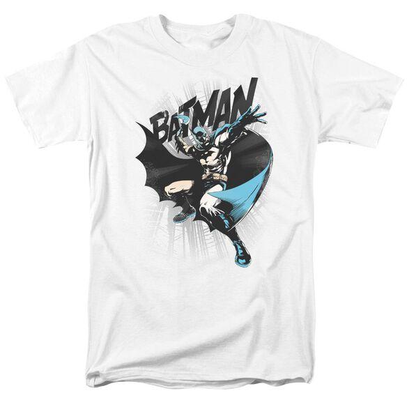 BATMAN BATARANG THROW-S/S ADULT 18/1 - WHITE T-Shirt
