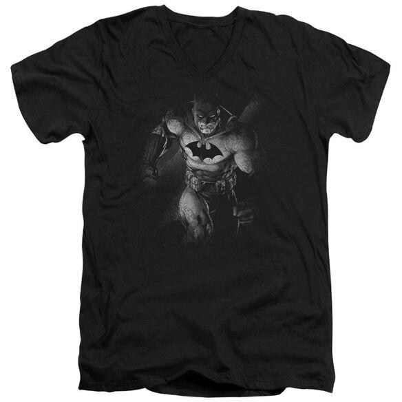 BATMAN MATERIALIZED - S/S ADULT V-NECK - BLACK T-Shirt