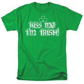 KISS ME IM IRISH- ADULT 18/1 - KELLY GREEN T-Shirt