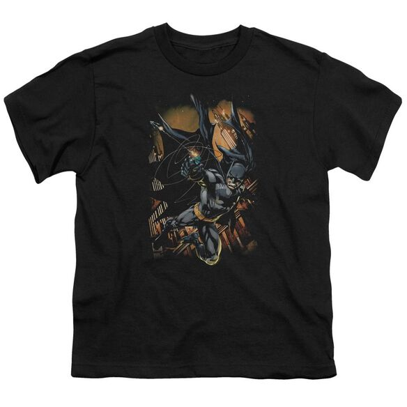 Batman Grapple Fire Short Sleeve Youth T-Shirt