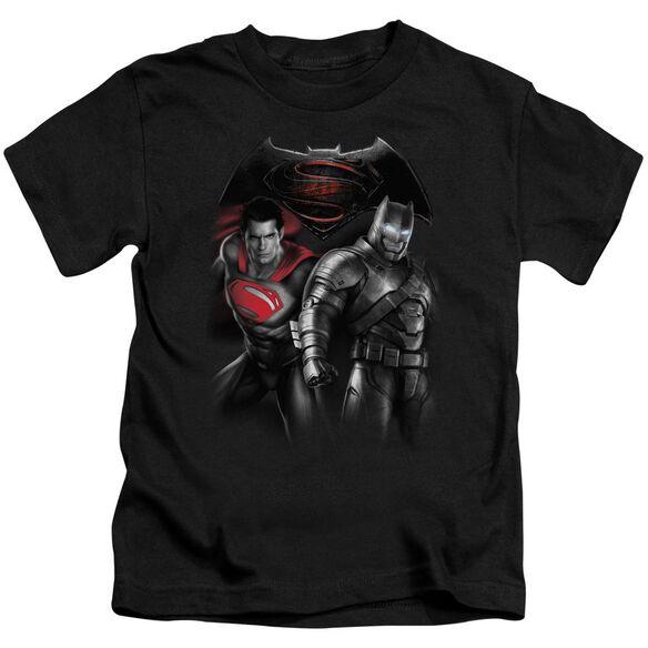 Batman V Superman Stand Off Short Sleeve Juvenile T-Shirt