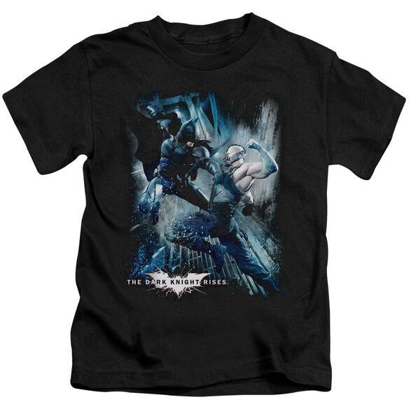 Dark Knight Rises Showdown Short Sleeve Juvenile Black T-Shirt