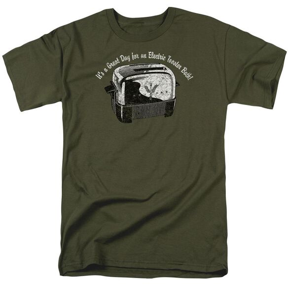 Toaster Bath Short Sleeve Adult Military Green T-Shirt