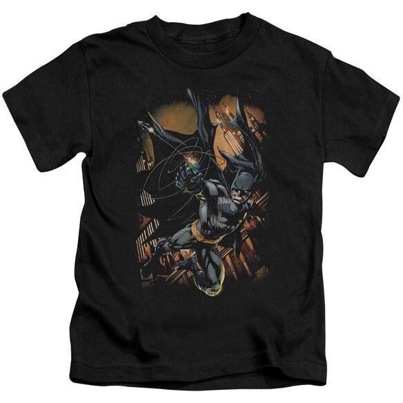 Batman Grapple Fire Short Sleeve Juvenile T-Shirt