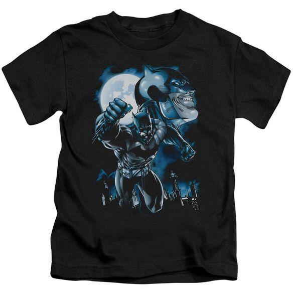 Batman Moonlight Bat Short Sleeve Juvenile Black Md T-Shirt