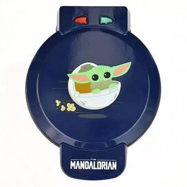 Star Wars: The Mandalorian Waffle Maker - The Child