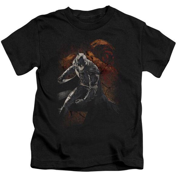 Dark Knight Rises Grungy Knight Short Sleeve Juvenile Black T-Shirt