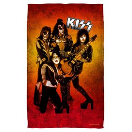Kiss Fire Pose Towel White