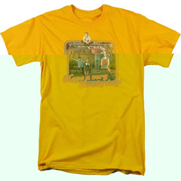 BRADY BUNCH HAVE A VERY BRADY DAY! - S/S ADULT 18/1 - GOLD T-Shirt