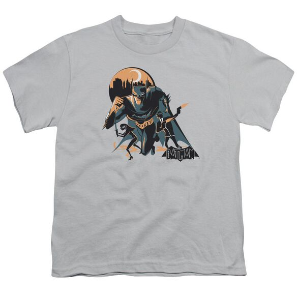 Beware The Batman Moon Run Short Sleeve Youth T-Shirt