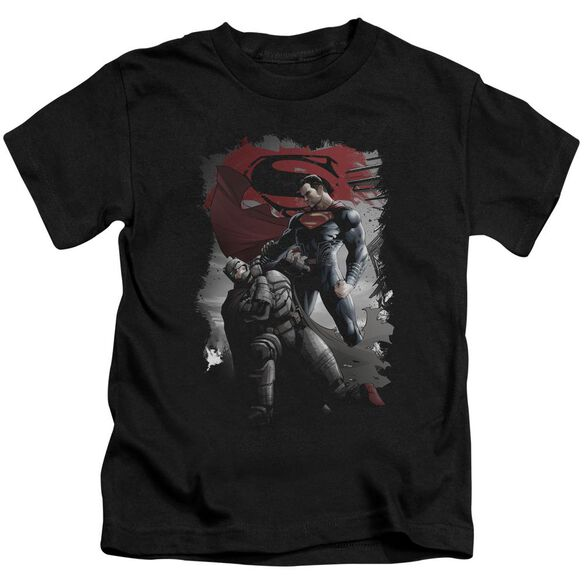 Batman Vs Superman Choke Short Sleeve Juvenile T-Shirt