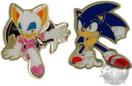 Sonic the Hedgehog Rouge Pin Set