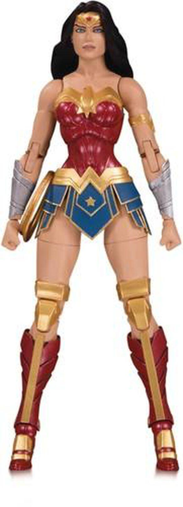 DC Essentials - Wonder Woman action figure