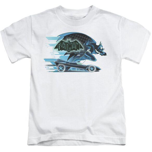 Beware The Batman With Batmobile Short Sleeve Juvenile White T-Shirt