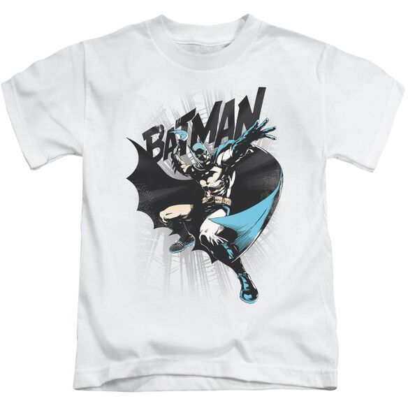 Batman Batarang Throw Short Sleeve Juvenile T-Shirt