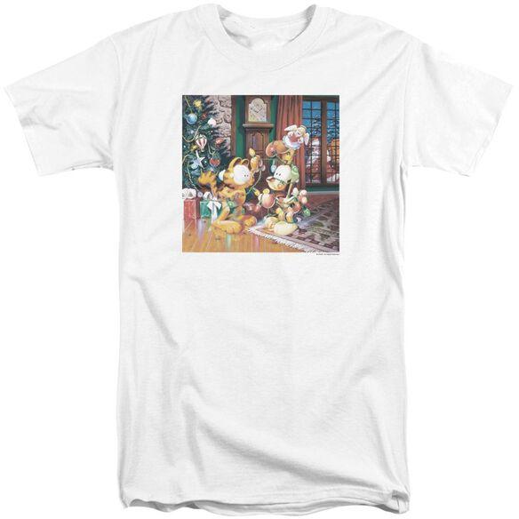 Garfield Odie Tree Short Sleeve Adult Tall T-Shirt