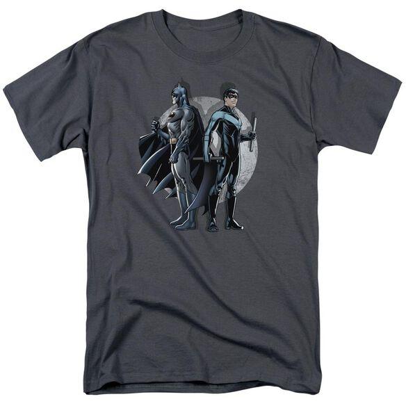 BATMAN SPOTLIGHT - S/S ADULT 18/1 - CHARCOAL T-Shirt