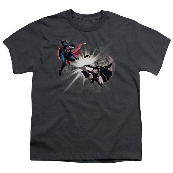 Batman V Superman Fight Burst Short Sleeve Youth T-Shirt