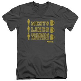 CHEERS MAN MEETS BEER - S/S ADULT V-NECK - CHARCOAL T-Shirt