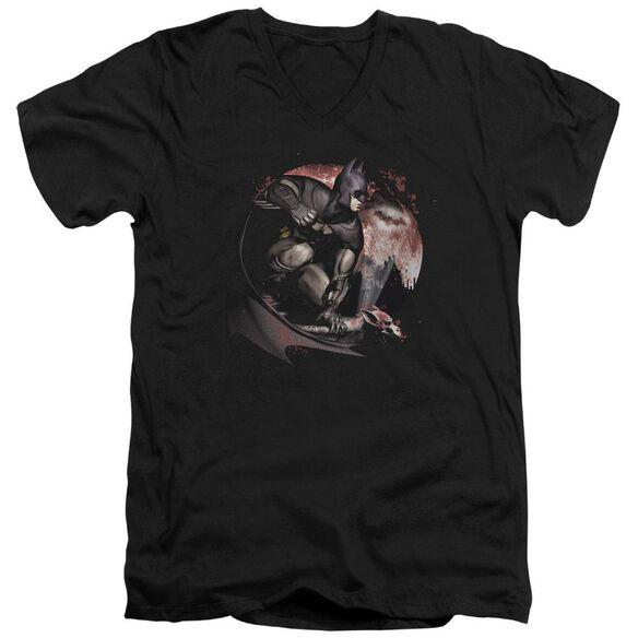 ARKHAM CITY BLOOD MOON - S/S ADULT V-NECK - BLACK T-Shirt