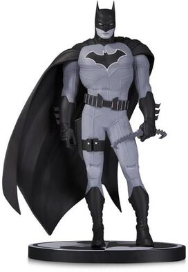 DC Collectibles Black & White: Batman Mini Statue