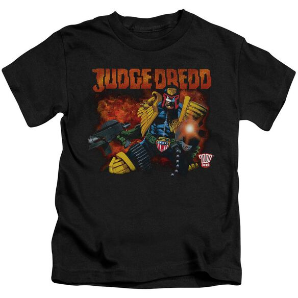 Judge Dredd Through Fire Short Sleeve Juvenile Black T-Shirt
