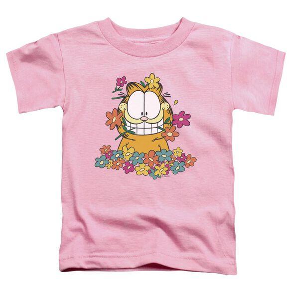 GARFIELD IN THE GARDEN-S/S T-Shirt